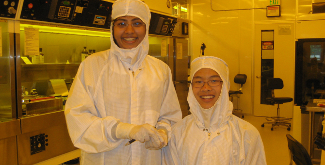 Student Researchers in Cleanroom